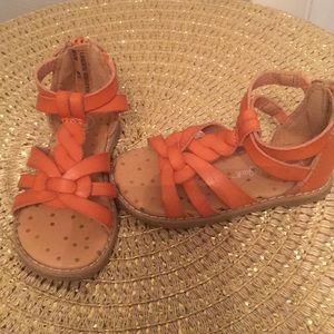 Car&jack sandals